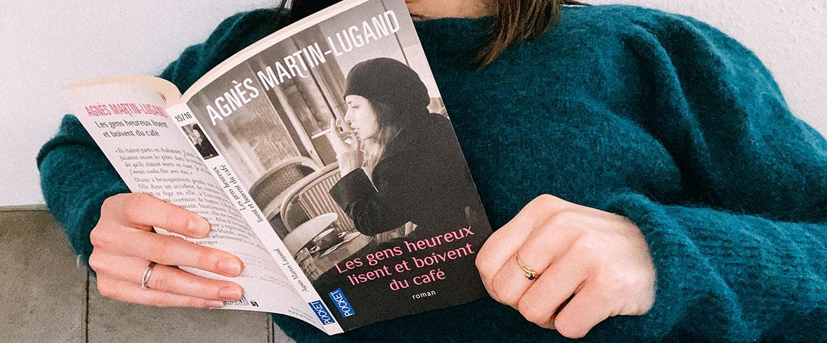 critique du livre Les gens heureux lisent et boivent du café